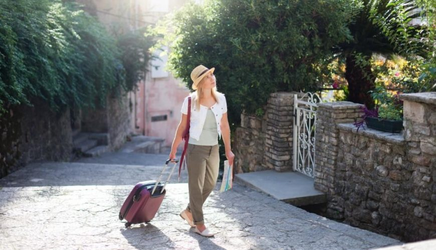 Complete and professional travel service